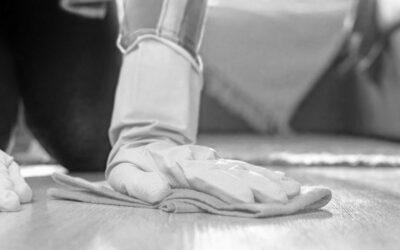 ¿Cómo puedo limpiar el gres porcelánico después de una obra?